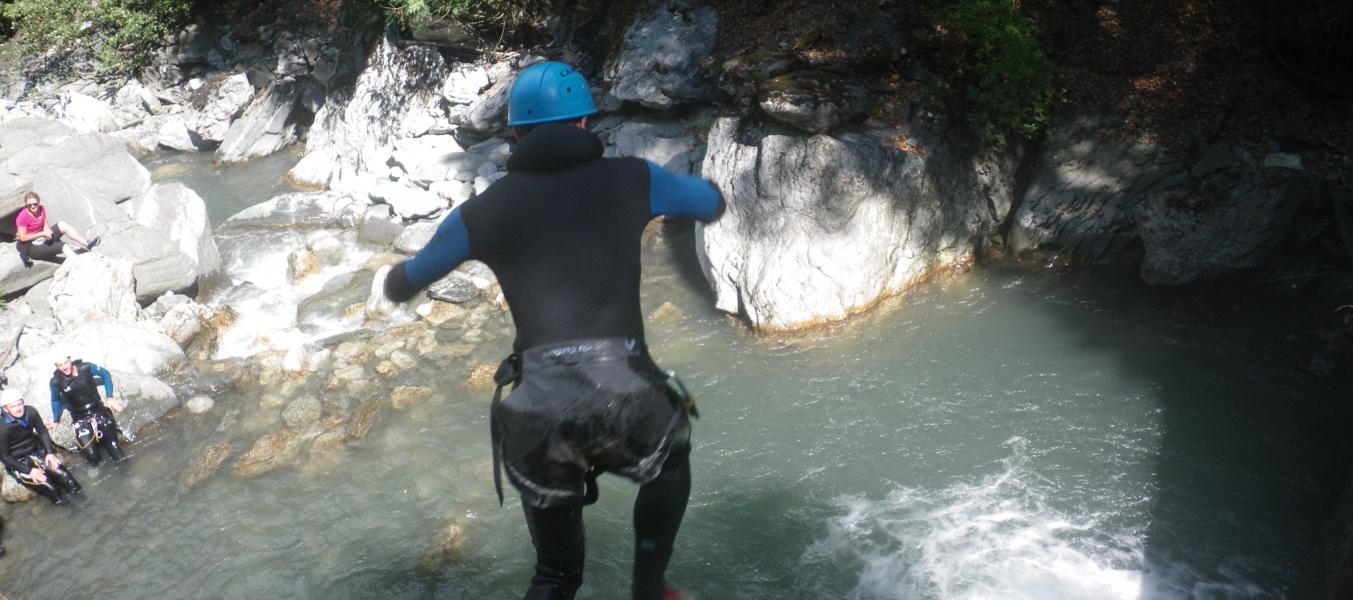 Canyon de l'Eau Rousse engagement.