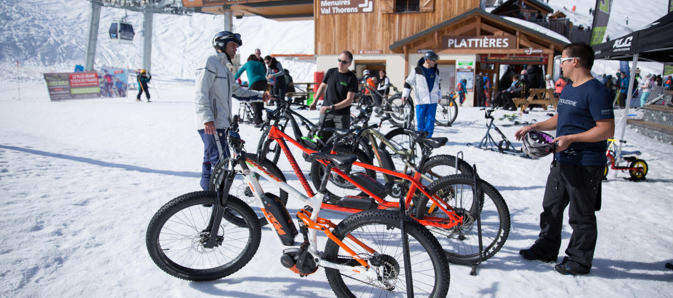 VTT Winter Tour: Stand d'exposition sur le VTT électrique Mottaret