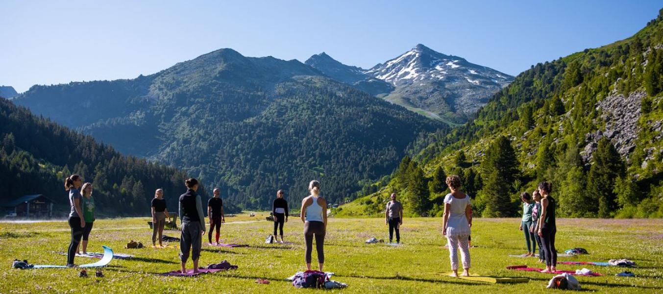yoga lac de tueda