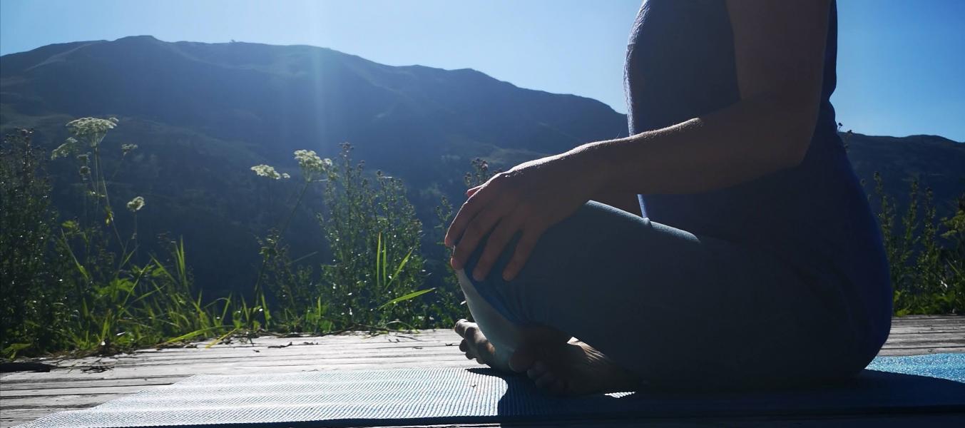 Yoga Soleil couchant